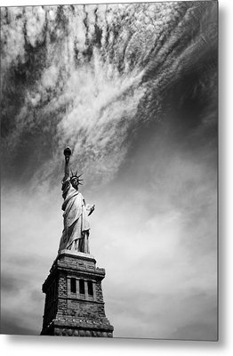 Nyc Miss Liberty Metal Print