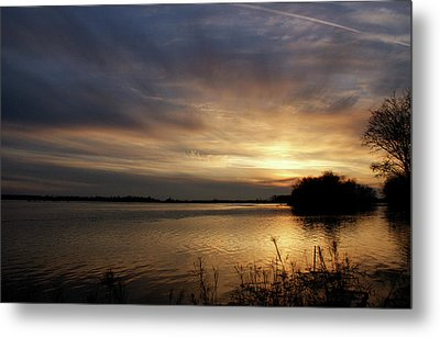 Ohio River Sunset Metal Print by Sandy Keeton
