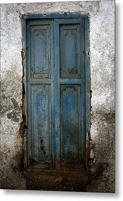 Old Blue Door Metal Print by Shane Rees