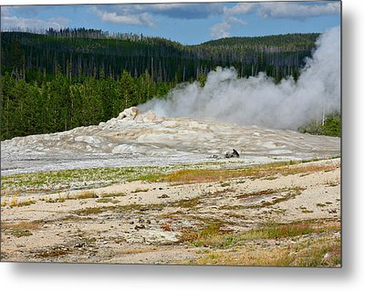 Old Faithful - An American Icon In Yellowstone National Park Wy Metal Print by Christine Till