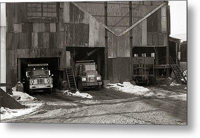 Olyphant Pa Coal Breaker Loading Trucks And Gondola Car Winter 1971 Metal Print