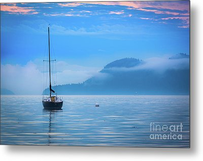 Orcas Sailboat Metal Print by Inge Johnsson