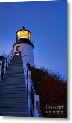 Owls Head Light At Dusk Metal Print by Olivier Le Queinec