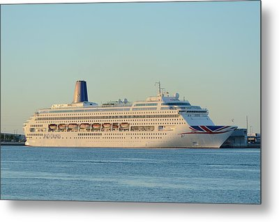 Metal Print featuring the photograph P And O Oriana Cruise Ship by Bradford Martin