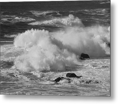 Pacific Surf Metal Print