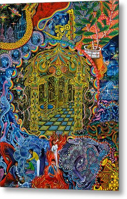 Pagoda Dorada Metal Print