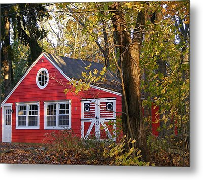 Metal Print featuring the photograph Patriotic Barn by Margie Avellino