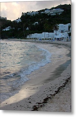 Metal Print featuring the photograph Peaceful Evening On Dawn Beach by Margaret Bobb