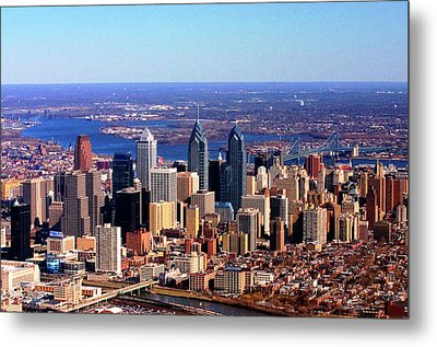 Metal Print featuring the photograph Philadelphia Skyline 2005 by Duncan Pearson