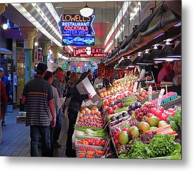 Metal Print featuring the photograph Pike Market Fruit Stand by Walter Fahmy