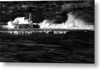 Metal Print featuring the photograph Pounding The Breakwater by Nareeta Martin