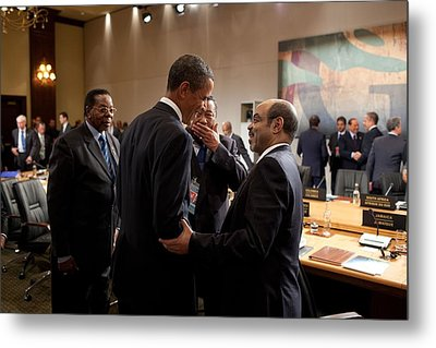 President Obama Talks With Ethiopian Metal Print by Everett