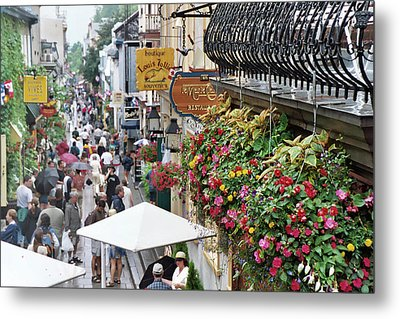 Metal Print featuring the photograph Quartier Petit Champlain by John Schneider