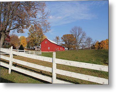 Red Amish Barn Metal Print by Donna Bosela
