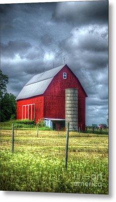 Red Barn Metal Print by Randy Pollard