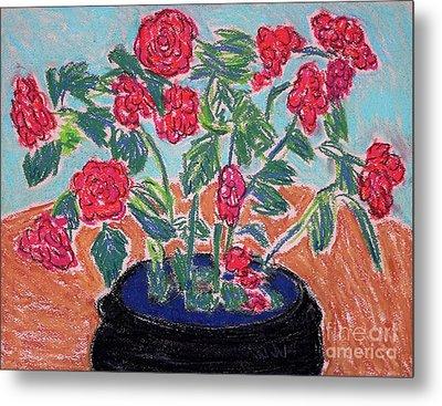 Red Flowers In Black Pot Metal Print by Gerhardt Isringhaus