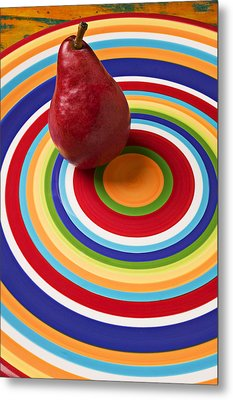 Red Pear On Circle Plate Metal Print by Garry Gay