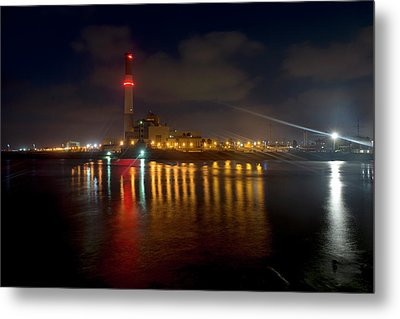Metal Print featuring the photograph Riding Station, Tel Aviv, Water Side by Dubi Roman
