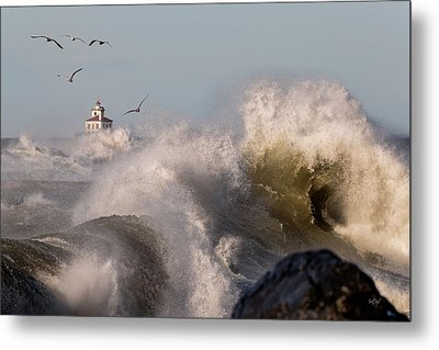 Rise Above The Turbulence Metal Print by Everet Regal