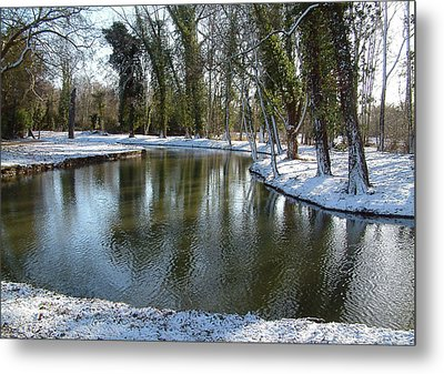 River Cherwell Meandering Through Christ Church Meadows Oxford Uk. Metal Print by Mike Lester