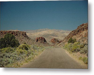 Metal Print featuring the photograph Roadway To Peace by Lori Mellen-Pagliaro