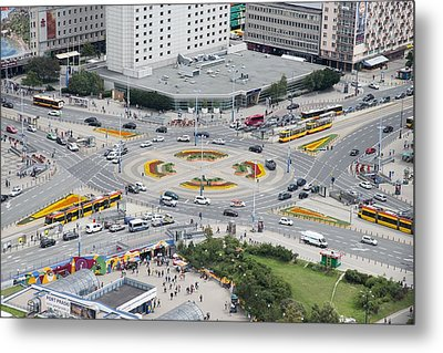 Roundabout In Warsaw Metal Print by Chevy Fleet