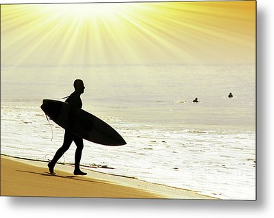 Rushing Surfer Metal Print