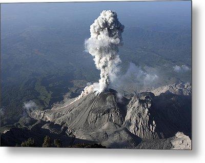 Santiaguito Ash Eruption, Guatemala Metal Print by Martin Rietze