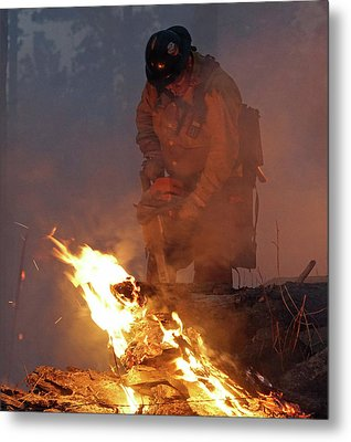 Sawyer, North Pole Fire Metal Print by Bill Gabbert