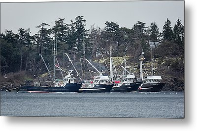 Seiners In Nw Bay Metal Print by Randy Hall