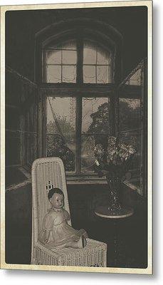 Sitting Pretty Metal Print by Cindy Nunn