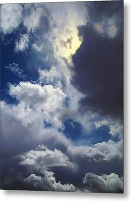 Sky Moods - The Mystery Of Light Metal Print by Glenn McCarthy Art and Photography