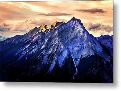 Metal Print featuring the photograph Mount Cascade by John Poon