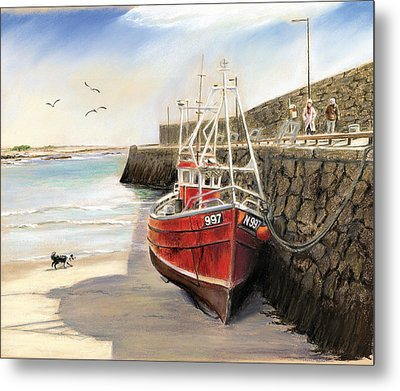 Spiddal Harbour Metal Print by Vanda Luddy