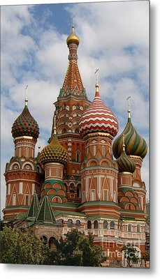 St. Basil's Cathedral Metal Print by Robert D McBain