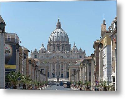 St Peter's Basilica From Via Della Conciliazione Metal Print by Fabrizio Ruggeri