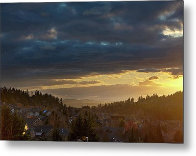 Storm Clouds Over Happy Valley During Sunset Metal Print by David Gn