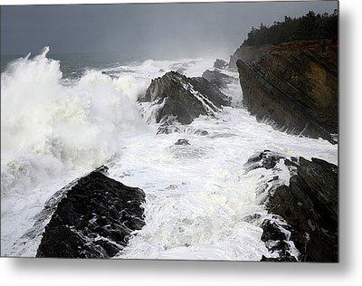 Storm On The Oregon Coast Metal Print