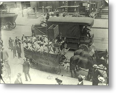 Suffragettes Ride To Yonkers City Hall Metal Print by Padre Art