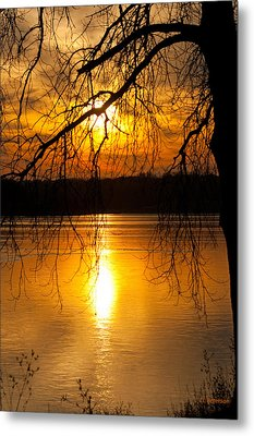 Sunset Over The Lake Metal Print by Edward Peterson