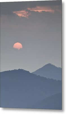 Sunset Repition - Blue Ridge Parkway Sunset Scene Metal Print by Rob Travis