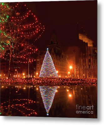 Syracuse, Ny Christmas Tree Metal Print by Debra Millet