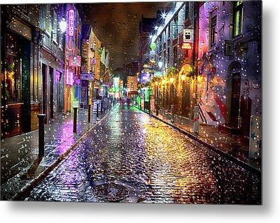 Temple Bar At Night - Dublin Metal Print by Janet Meehan