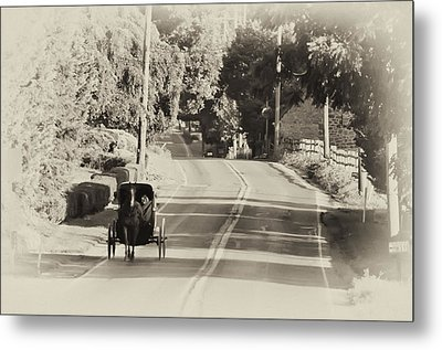 The Amish Buggy Metal Print by Bill Cannon