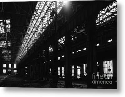 The Back Shop Metal Print by Richard Rizzo