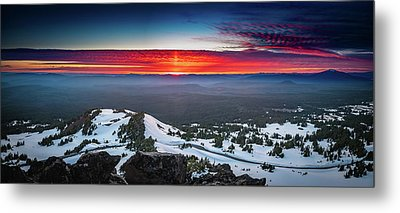 Metal Print featuring the photograph The Burning Clouds At Crater Lake by William Lee