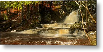 The Cascade Metal Print