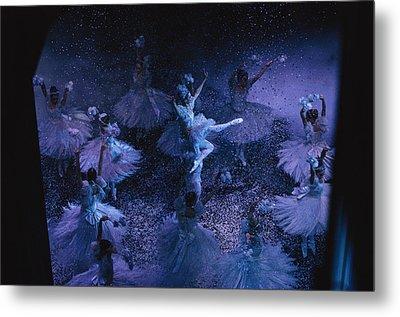 The Joffrey Ballet Dances The Metal Print by Sisse Brimberg