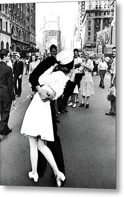 The Kiss,  V J Day Times Square Watercolor Ink Metal Print