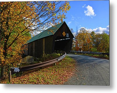 The Lincoln Covered Bridge Metal Print by Mike Martin
